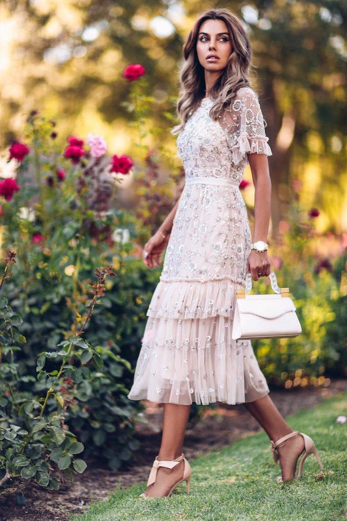 Robe en dentelle courte, robe de cocktail courte, robe de soirée chic été-automne, cool idée de tenue mariage