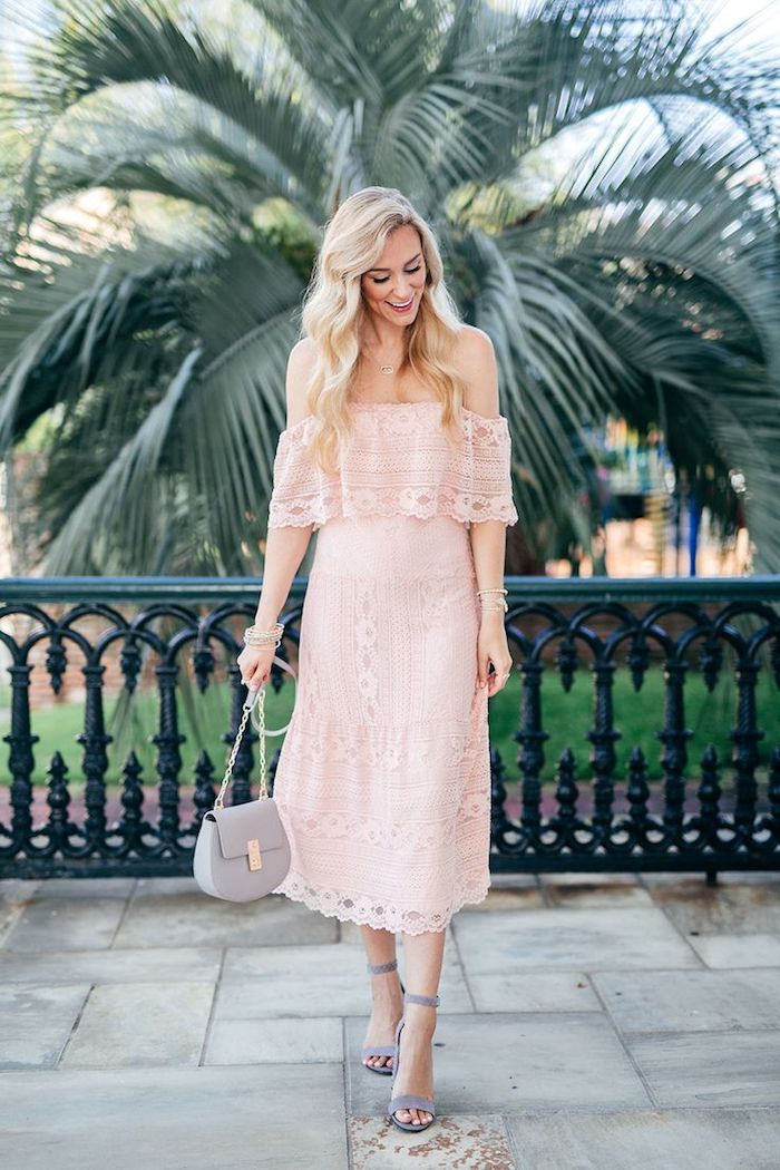 exemple robe cocktail mariage boheme chic idée robe rose dentelle couleur rose pale