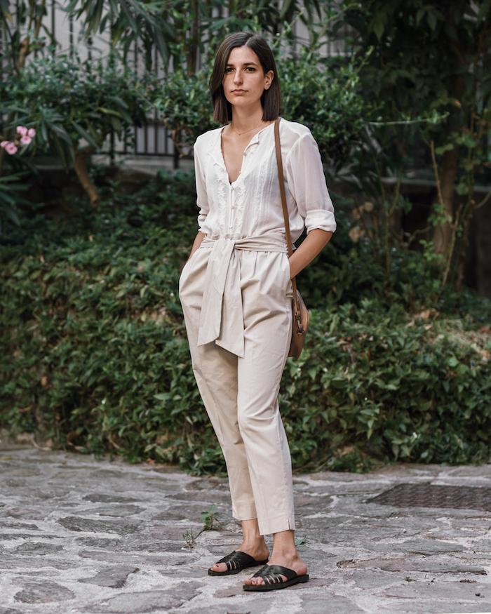 Beige tenue simple pantalon et chemise, tenue chic, robe d'été femme, style sans efforts