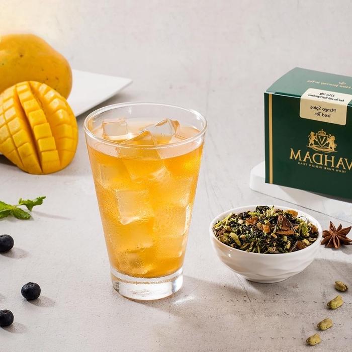 recette thé glacé facile, idée boisson rafraichissante au thé vert et mango, préparer un thé glacé facile avec mango