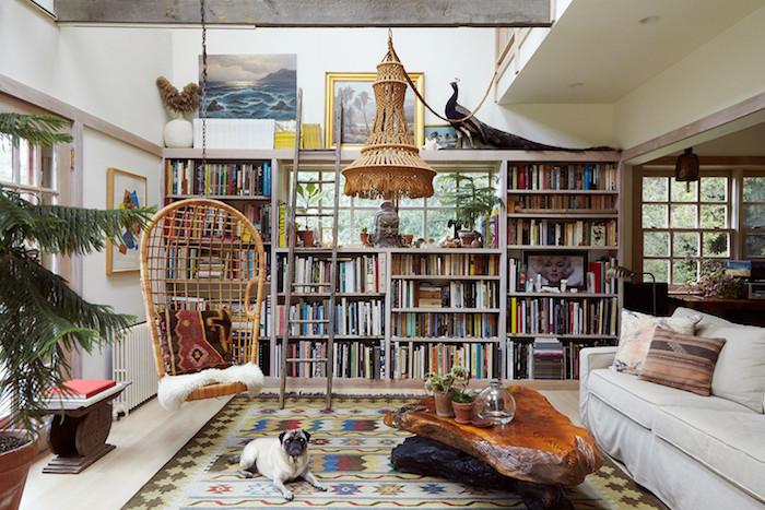 Chaise balançoire, le coin de lecture parfait, déco berbère, chambre style bohème chic, idée comment décorer
