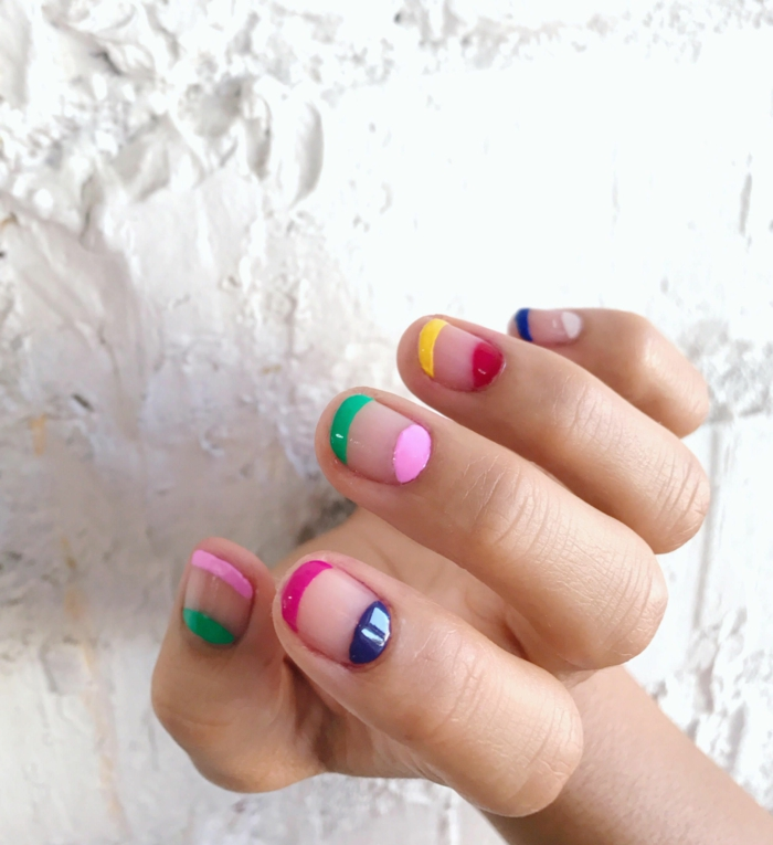 ongles courts, manucure aux couleurs de l arc en ciel, manucure colorée originale