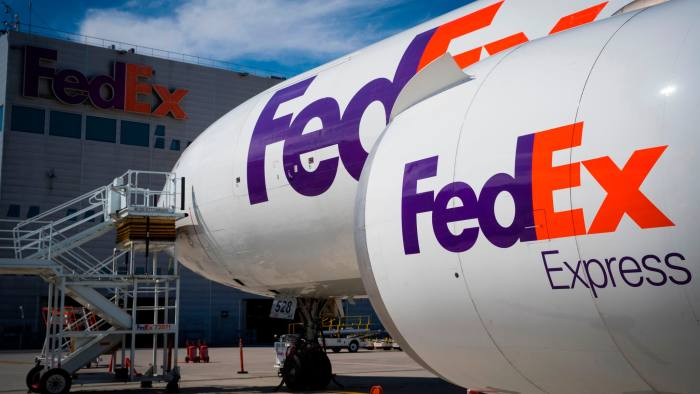 le transporteur FedEx dépose plainte contre le département américain du commerce qu'il accuse lui imposer des règles de filtrage de colis intenables