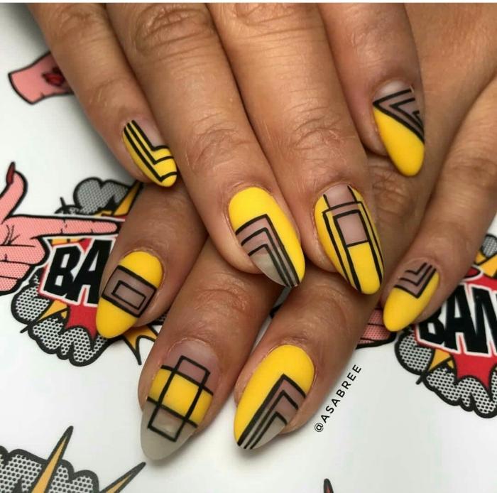 ongle en gel ete espace négatif, motifs graphiques noires, ongle ete jaune et noir