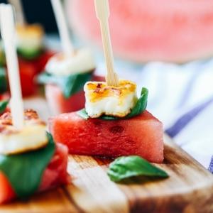 Apéritif léger d'été - plusieurs photos et idées d'apéritifs gourmands et rafraîchissants