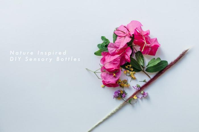 idée activité montessori, exemple avec quoi remplir une bouteille jouet pour enfant, remplir un contenant avec fleurs artificielles