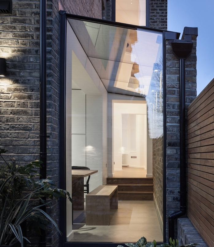 petite extension originale pour un couloir supplémentaire, idee comment amenager un espace interieur