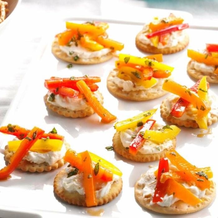 entremets et hors d oeuvres faciles, poivrons rouges, carottes, fromage à la crème, amuse bouche rapide pour apero