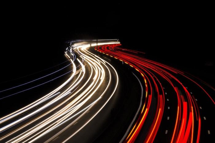 LA traffic en nuit, les voitures deux sens, image swag, image de fond d'écran swag