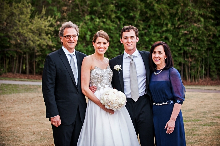 robe habillée pour mariage avec ceinture à ornements et manches trois-quart en tulle, robe de cérémonie longue bleu marine ajustée à la taille pour une femme de 50 ans