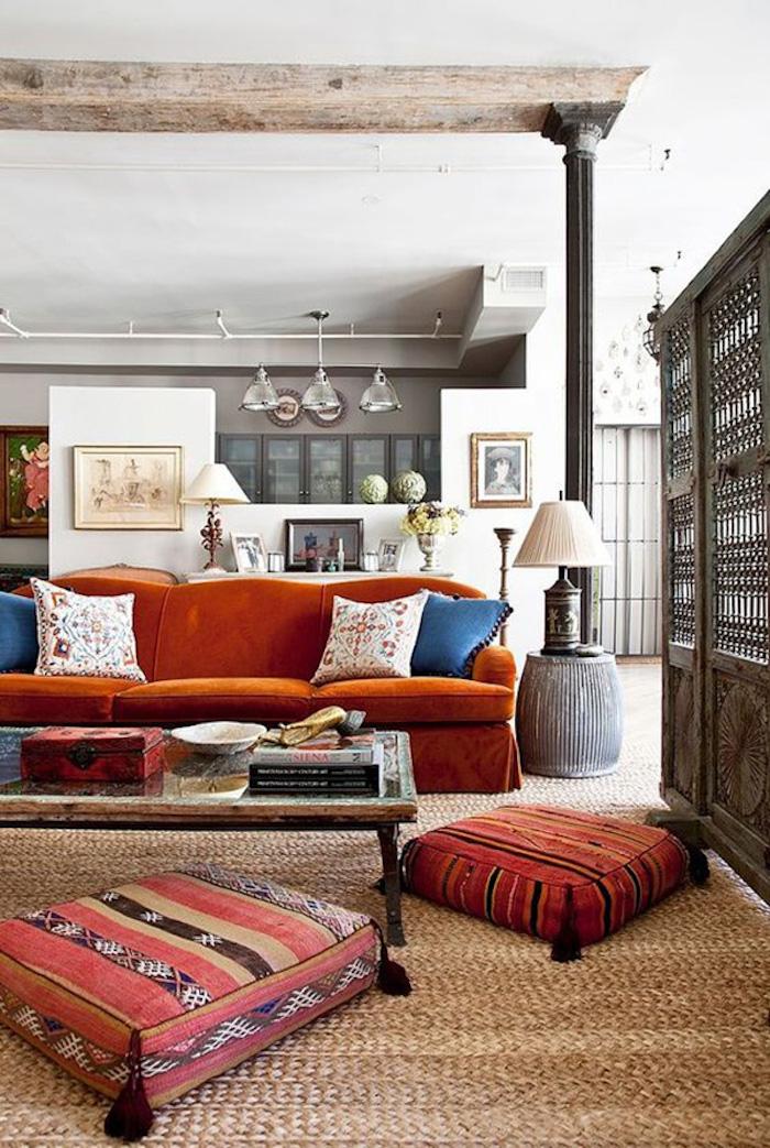 Salon deco boheme chic, déco berbère, intérieur moderne et simple, coussins berbères
