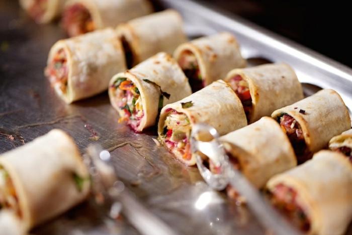 amuse bouche rapide pour apero, tortillas mexicaines, apéritif dinatoire pour plusieurs personnes