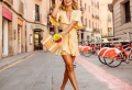 90 modèles du carré blond – un choix capillaire canon pour l'été