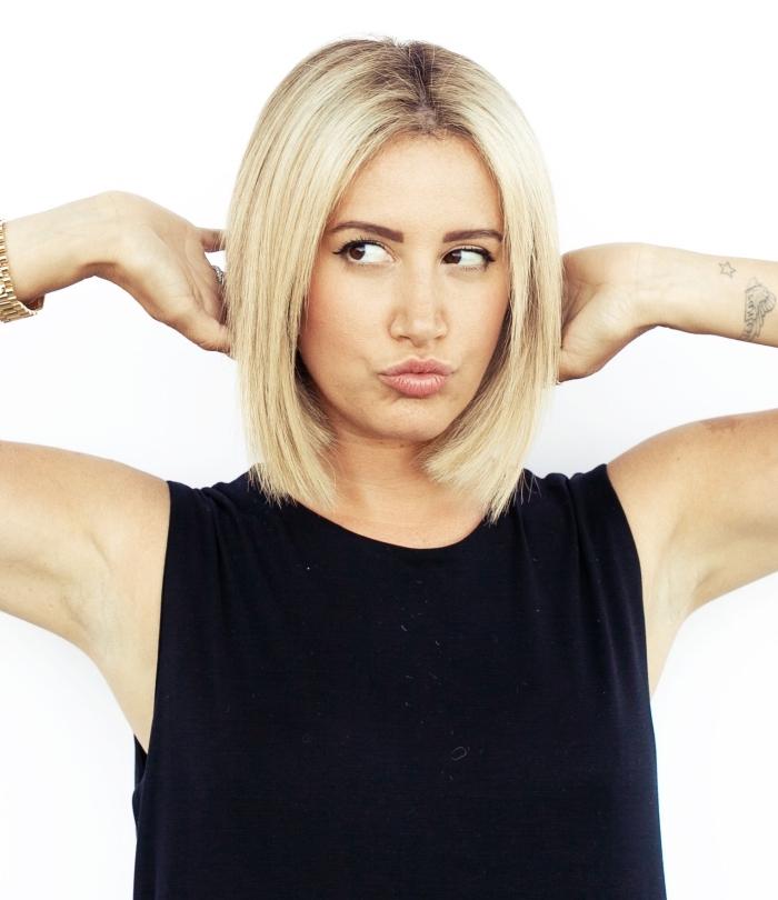 exemple de carré plongeant effilé sur cheveux blonds aux racines châtain foncé, coupe de cheveux femme tendance 2019