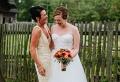 Quelle la robe pour la mère de la mariée ? Conseils pour trouver la tenue de cérémonie parfaite