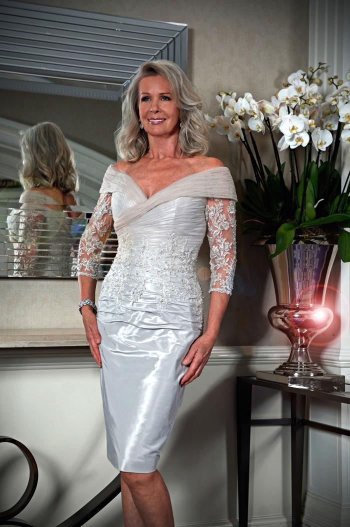 robe chic pour mariage longueur genou avec haut en dentelle et tulle, robe de cocktail pour mère de la mariée