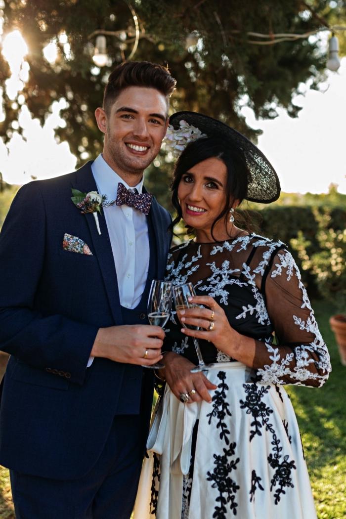 robe habillée pour mariage en noir et blanc à taille ajustée, ornée d'appliques dentelle, tenue pour mère de la mariée