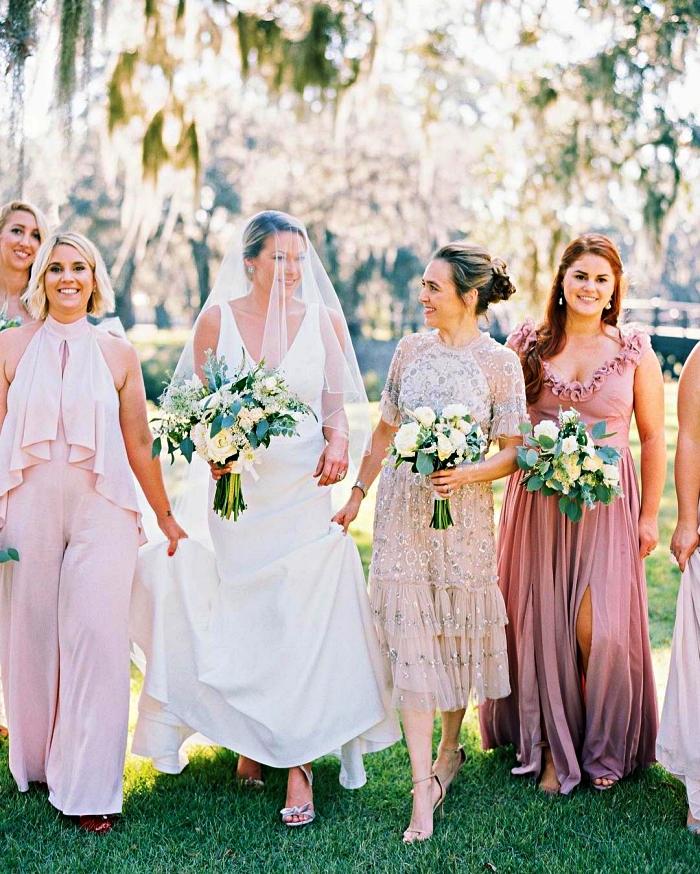 mariage champetre tenue de cérémonie pour mère de la mariée, robe midi à coupe floue et à volants avec ornements de sequins