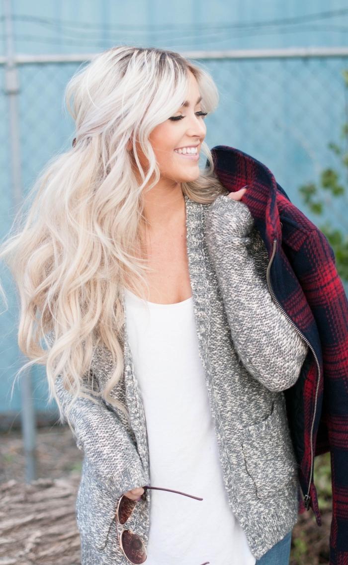 technique de coloration blonde sur brunette, idée ombré hair blond polaire sur cheveux de base châtain clair ou foncé