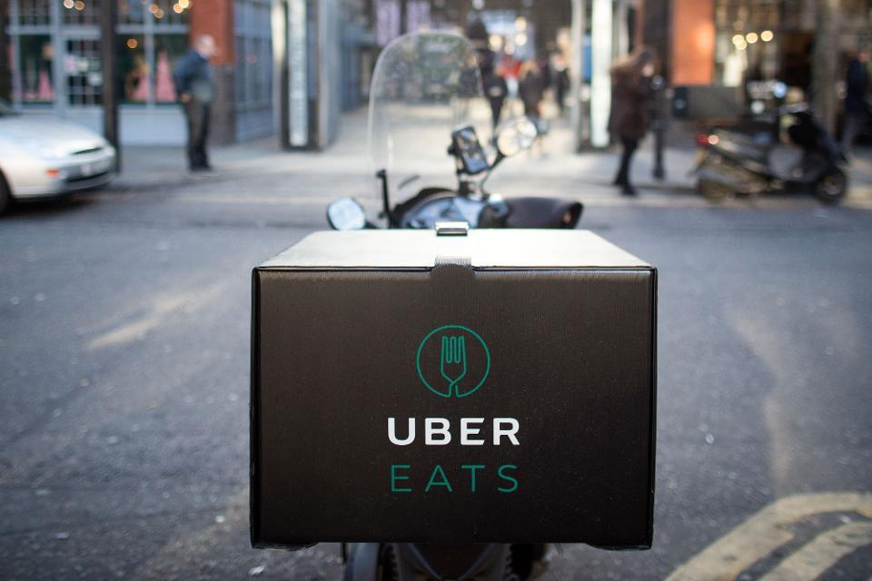 Photo de scooter de livraison Uber Eats qui commencera par livrer par drone à San Diego à l été 2019