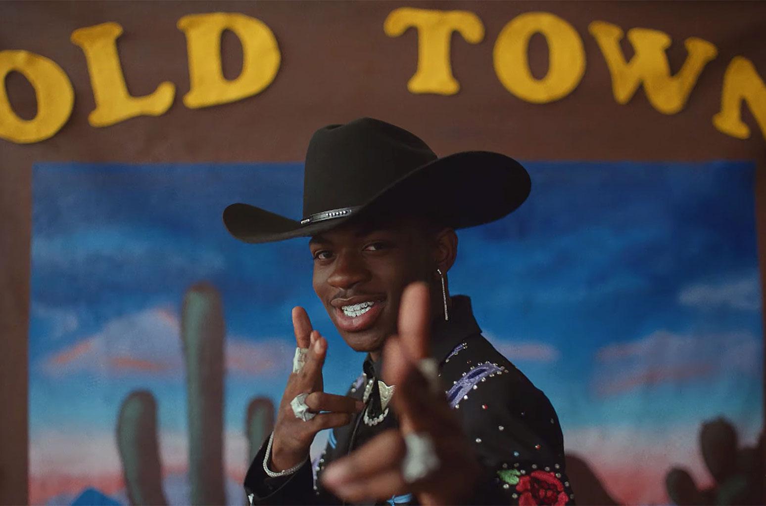 Le rappeur de Old Town Road, numéro un depuis 12 semaines, Lil Nas X, dévoile son homosexualité sur Twitter,