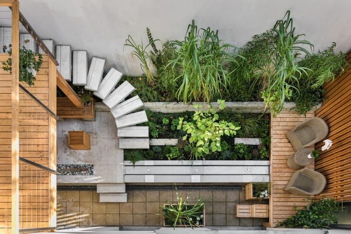 exemple plan amenagement jardin paysager avec coin de repos, petit espace extérieur avec terrasse bois et jardin