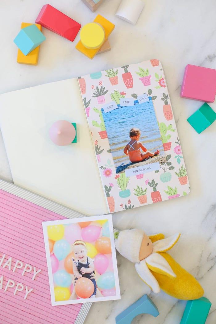 Comment fabriquer une page scrapbooking, album enfant photo scrapbooking, idée simple pour faire un album avec photos