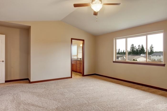 idée comment peindre une chambre adulte en teintes neutres, quelle peinture sable peinture couleur sable pour chambre à coucher
