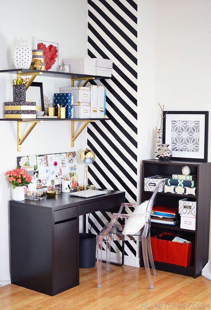 Noir blanc et doré coin bureau, décoration de bureau dans la chambre à coucher fille ado