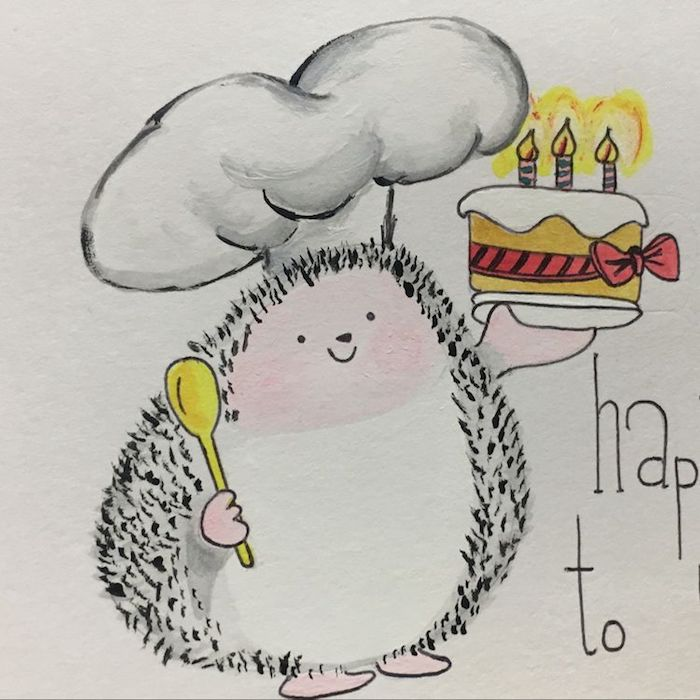 Hérisson chef dans la cuisine qui prepare gateau avec bougies, adorable dessin images anniversaire gratuites a telecharger, dessin d'anniversaire