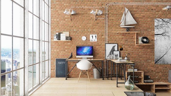 Grandes fenêtres loft nre yorkais avec vue de la rivière, mur en briques salon idee bureau, deco bureau, photo bureau dans une chambre