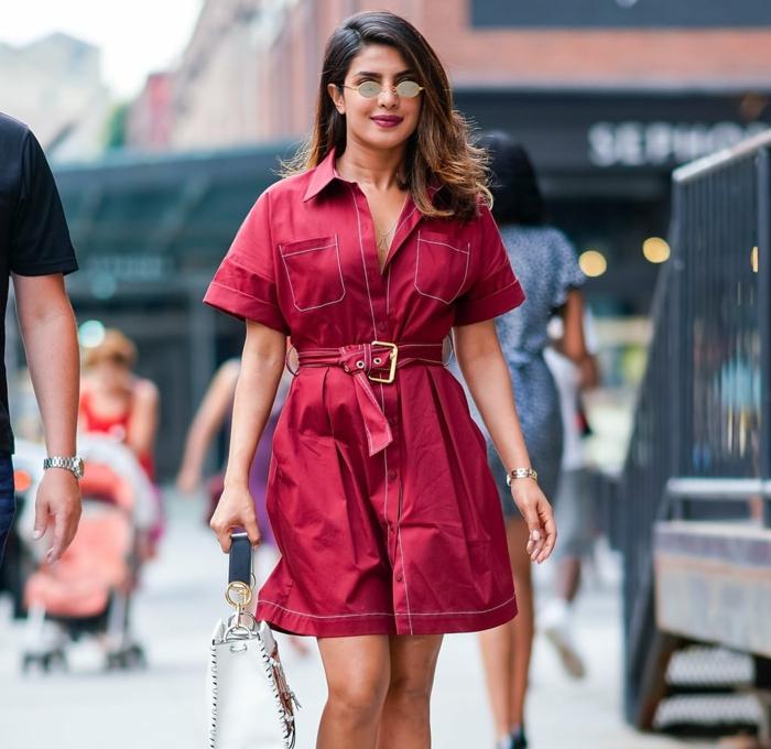 Combinaison ou robe été femme, tenue tout rouge, vetement femme tendance tenue à la mode