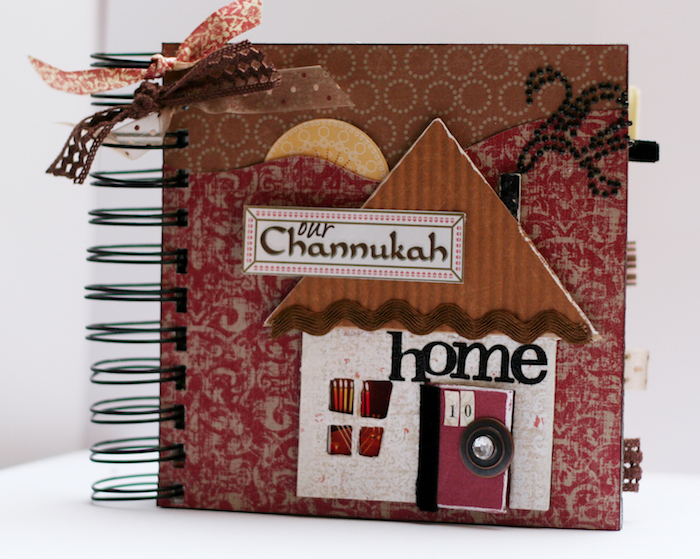 Idée couverture scrapbooking matériel, photo rangement en album scrapbooking couverture en forme de maison, cool idée comment faire son scrapbook
