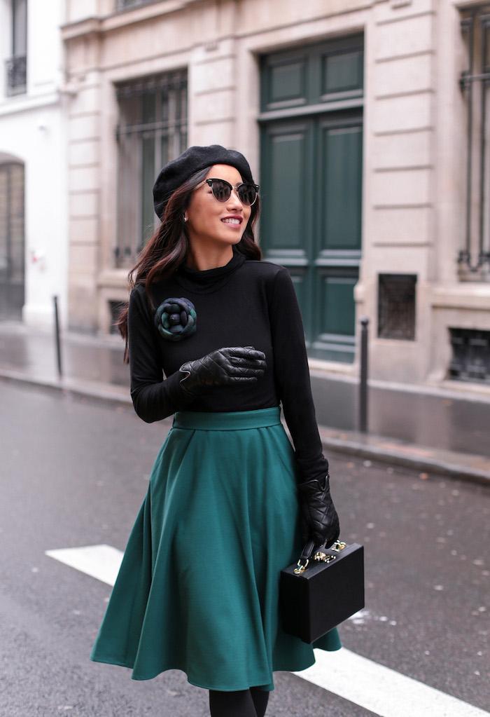 Lunettes de soleil modernes cateye, tenue parisienne jupe trapèze, look année 50, comment s'habiller pour une soirée guinguette