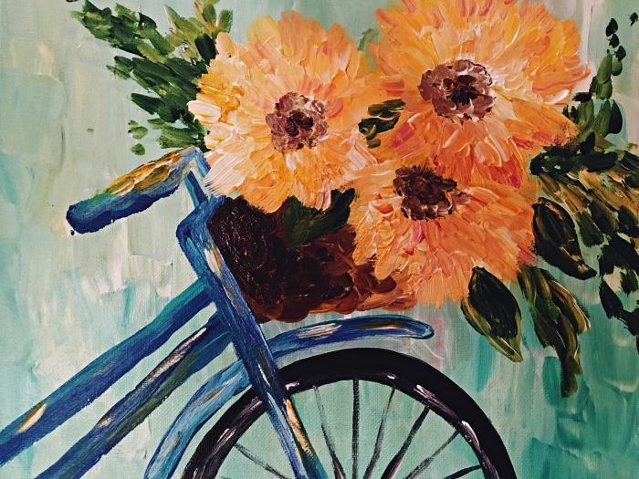 peinture panier de vélo décoré de fleurs sur fond vert d'eau réalisé à l'acrylique, idée de tableau facile pour apprendre a peindre à l'acrylique