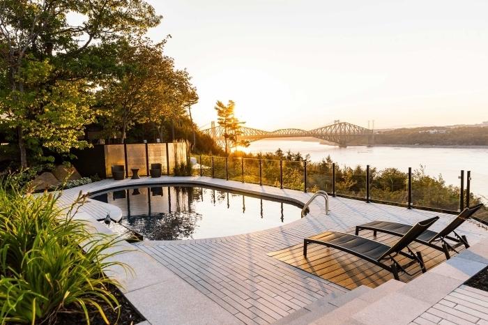 exemple d'amenagement terrasse piscine extérieure avec vue magnifique, quel revêtement pour une terrasse piscine
