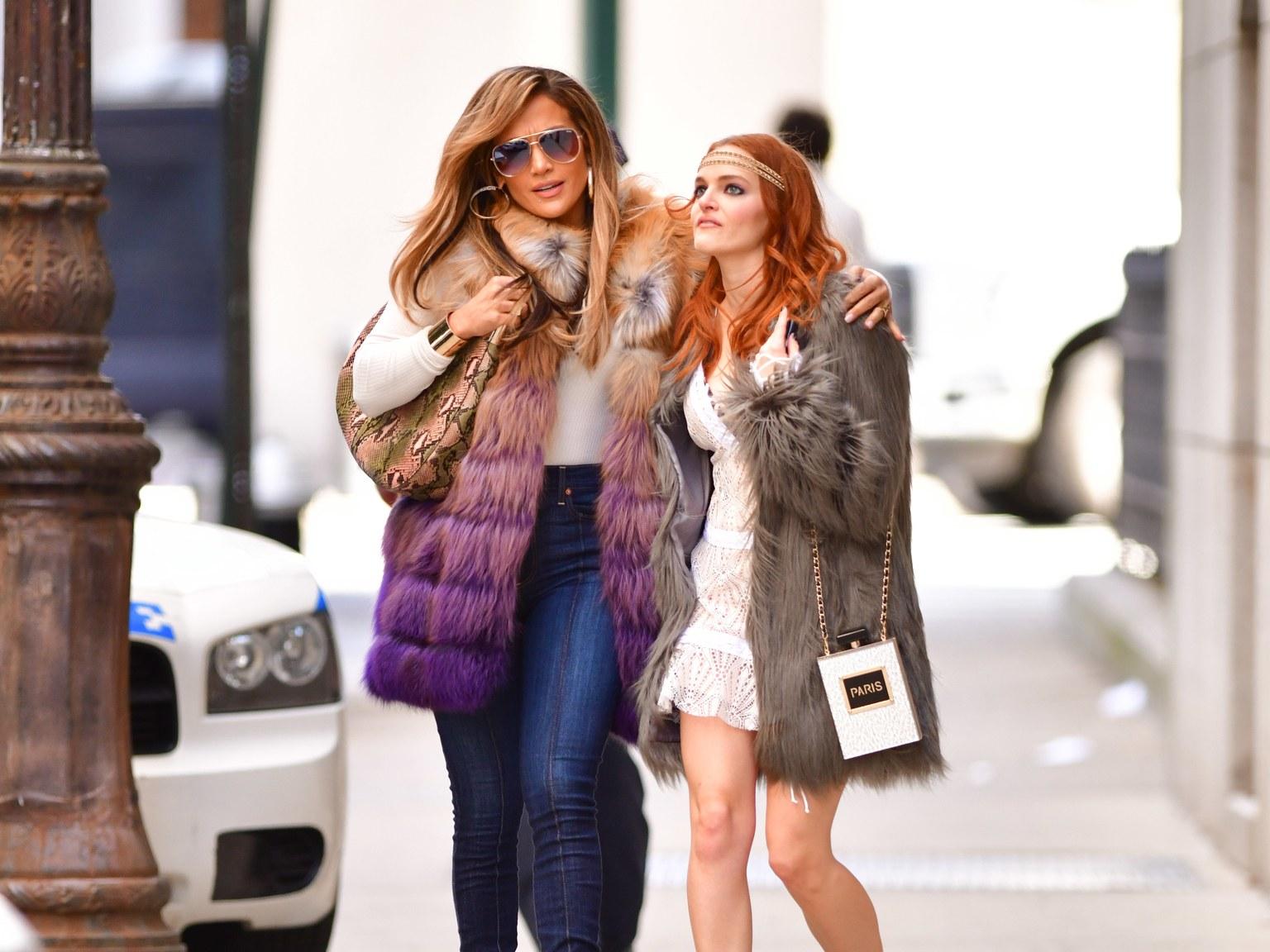 Jennifer Lopez Cardi B et Constance Wu incarne une équipé de stripteauses dans le film Queens qui sortira le 19 octobre 2019