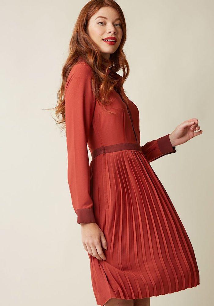 Rouge robe courte à manche longue, belle robe année 60, tenue guinguette, idée vêtements vintage