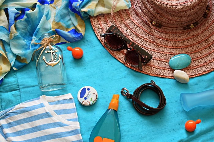 quelle crème solaire choisir en été, conseils pour protéger la peau du visage du soleil, routine de soin visage en été