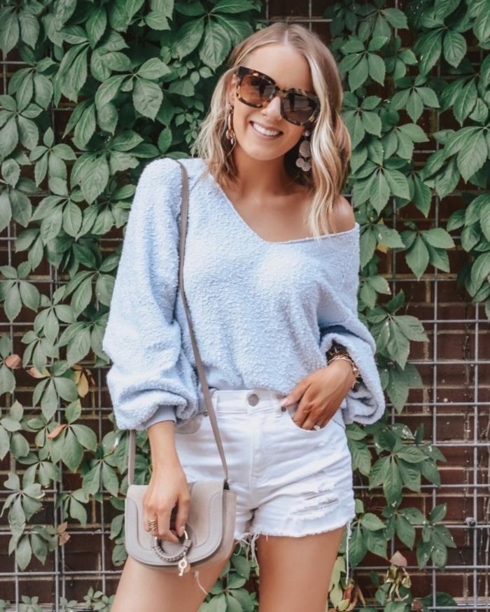 Femme style casual, haut femme tendance, tendances d'été 2019, pull léger et short en jean court