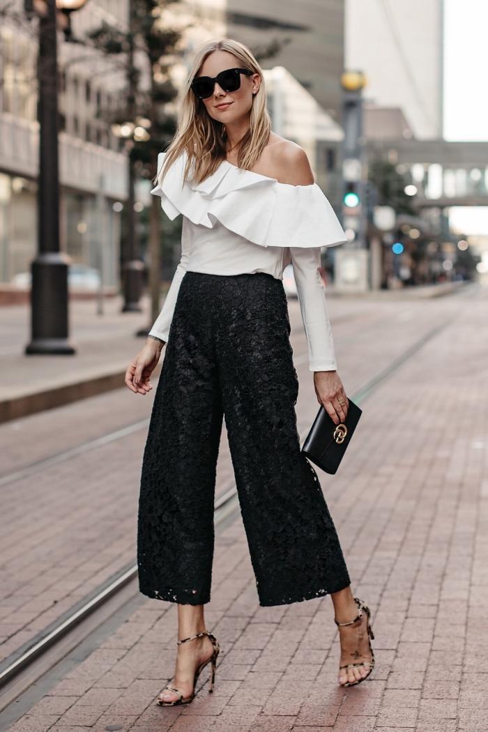 tenue pour assister à un mariage, modèle de pantalon 7/8 noir à taille haute combiné avec blouse blanche à épaules dénudées