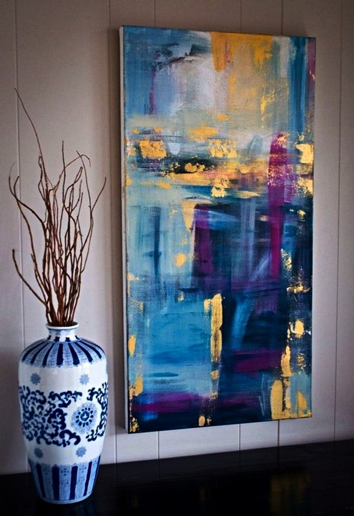 tableau contemporain abstrait en nuances de bleu et or, tableau moderne sur toile à l'acrylique à réaliser soi même
