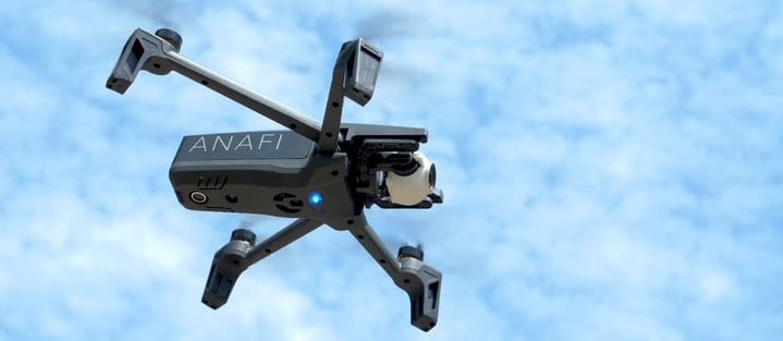 Parrot a décroché un accord avec l armée américaine pour le développement d un nouveau drone compact