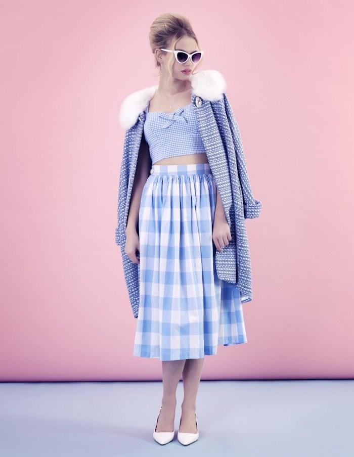 Deux pièces tenue jupe et top court, longue gilet violet claire, vetement annee 60, mode année 60 pour femme stylée