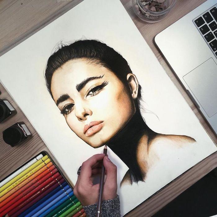 Visage de fille joliment maquillée, cheveux en chignon, comment faire un dessin réaliste, inspiration dessin 3d