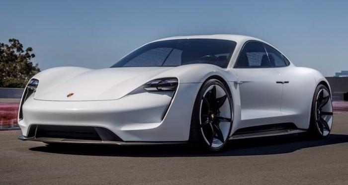 Le service de streaming musical Apple Music sera intégré à bord de la Porsche Taycan électrique