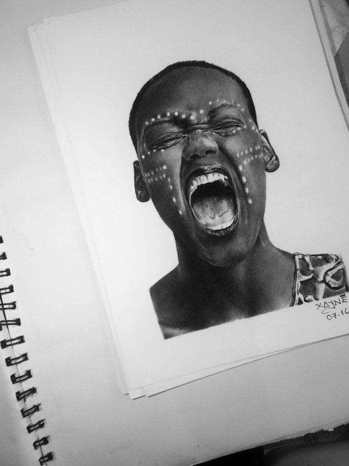 Comment dessiner une fille souriante, dessiner un visage, idée dessin photo réaliste
