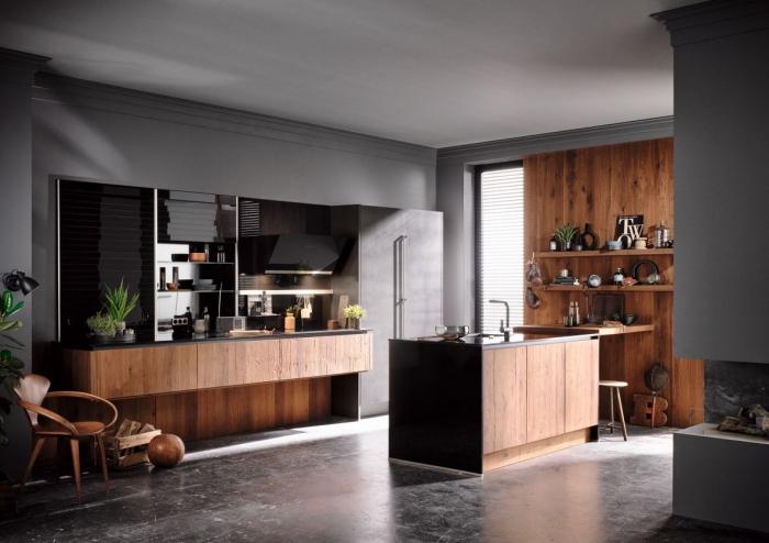 exemple de cuisine gris anthracite et bois avec accents noirs, déco cuisine en longueur avec îlot bois et noir