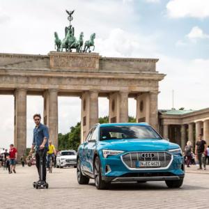 Audi dévoile E-Tron Scooter, sa nouvelle trottinette hybride