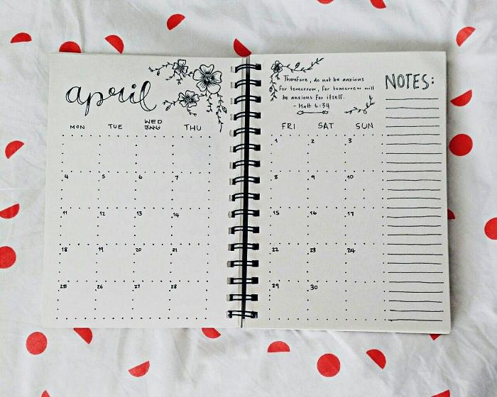 calendrier mensuel avec grille et place pour des notes, carnet personnalisé avec tableau d'organisation pour le mois entier